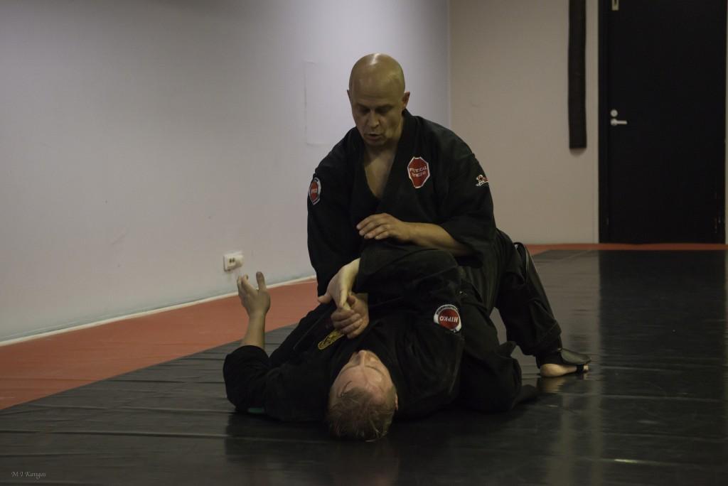 Ilkka Koivun Taekwondo ja Practical Hapkido harjoitus 28.9 Metsälän salilla